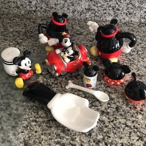 Mickey Mouse specialty kitchen pieces